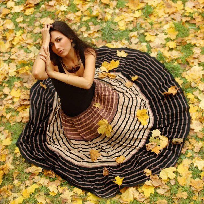 настя, девушка, осень, листья, листва, время Пол-одиннадцатого осениphoto preview