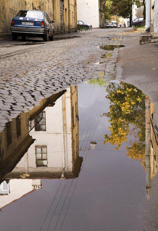 улица, репина, лужа, отражение Лужа имени улицы Репинаphoto preview