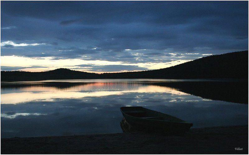 озеро, закат, лодка песчаноеphoto preview