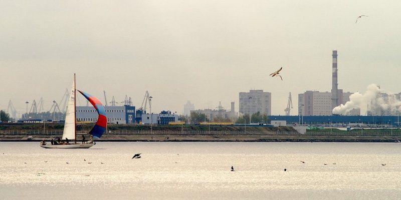 залив, яхта, трубы, дым, краны photo preview