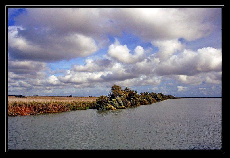 пейзаж, облака, дунай Проплывая по Дунаюphoto preview