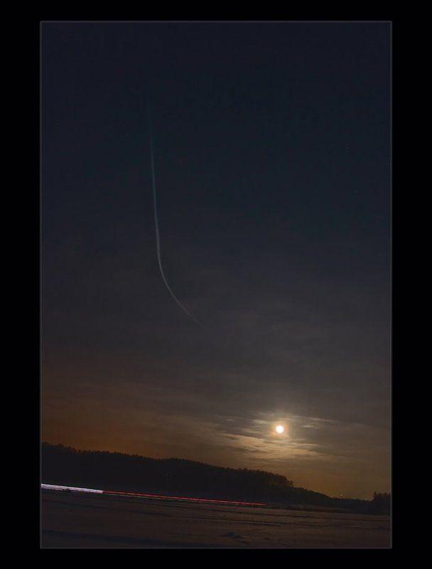 ночь, луна, лунное небо кто быстрее (ночные гонки)photo preview