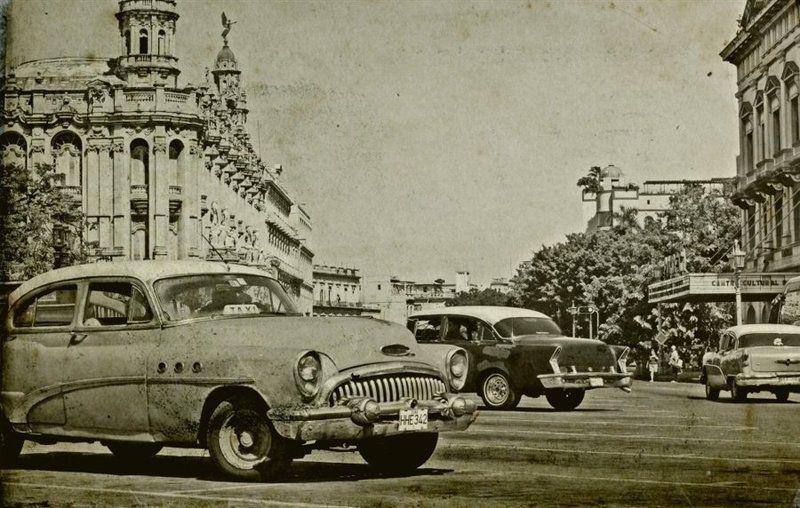 куба, машины, монохром Вспоминая Гавануphoto preview