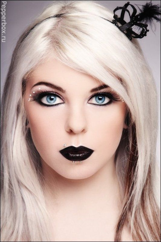 catfingers Gothic Barbiephoto preview