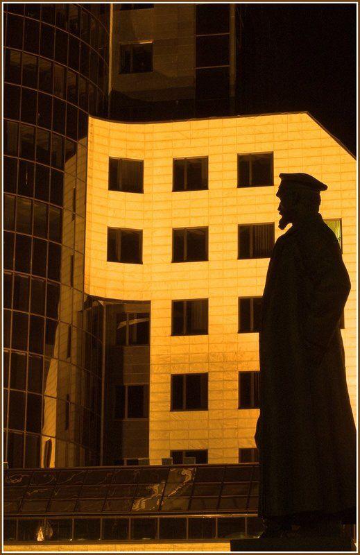 город, ночь Дзержинскийphoto preview