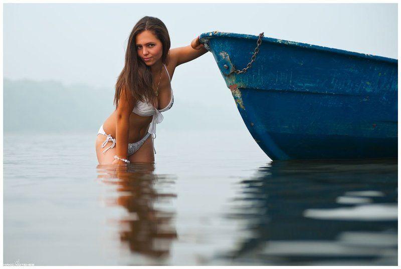 девушка, вода, река, туман, лодка ***photo preview