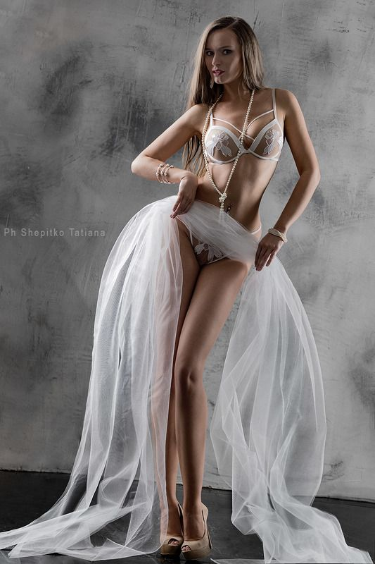#фотосессия #девушка #beauty #москва #фотограф #фотостудия #весна #фотосъемка #модель #shepitko #красиваяфотосессия #красиваяфотография #фотографиянедели #фотографиягода #лучшеефото #best #bestphoto #photooftheweek #fun #фотошоп #best #фотографмосква #фот photo preview