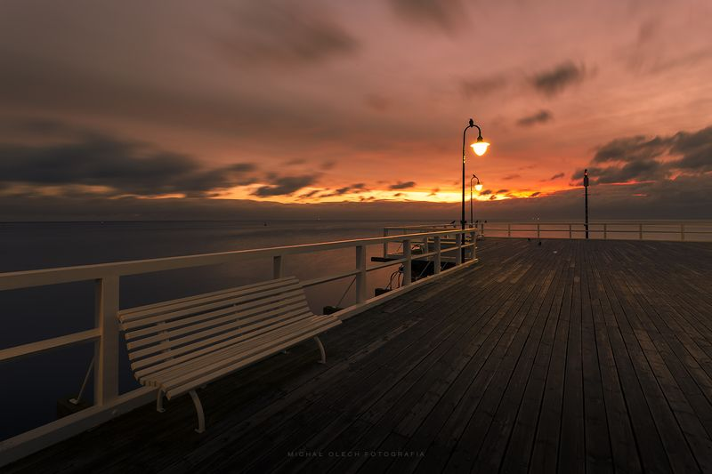 gdynia, poland, baltic sea, sea, bench, light, clouds, sky, pier, burn, пирс, птица, польша, море Pier at dawnphoto preview