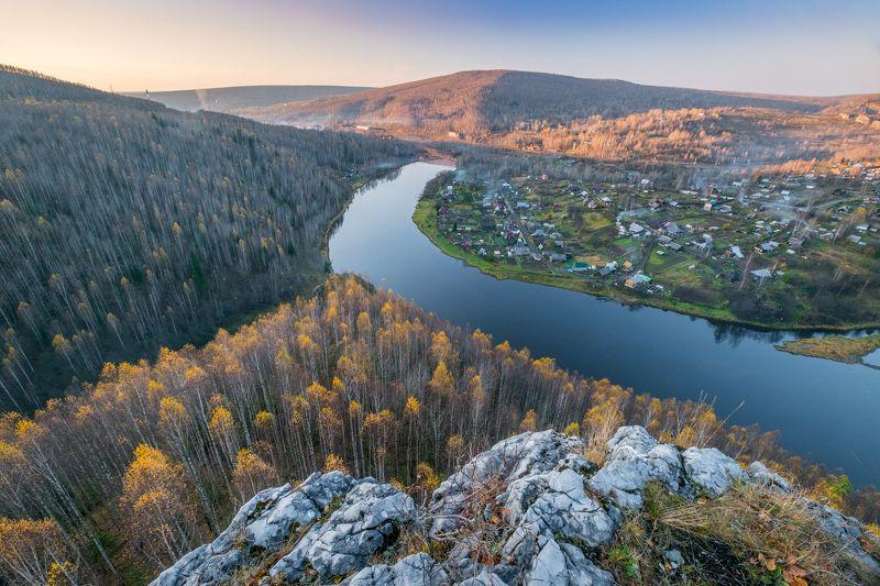 вечер, река, осень, скалы, высота Когда нет дронаphoto preview