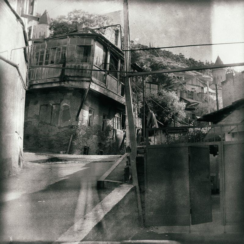 грузия 2017, тбилиси, старый город, лето Немного старого чОрного Тбилиси)photo preview