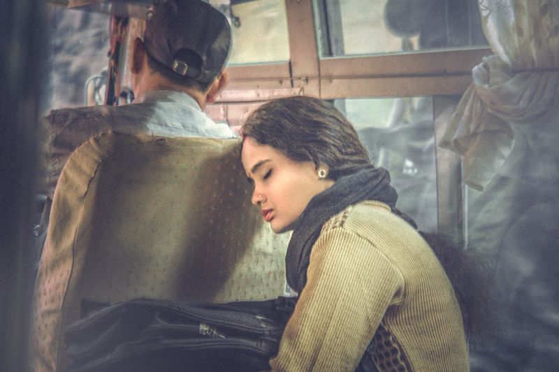 long journey home, dozing on a coach, nepali woman, fellow traveller, candid shot, Долгая дорога домой...photo preview