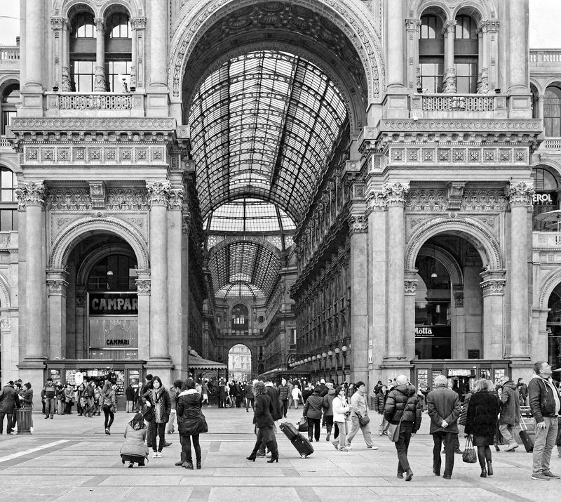 #cityphotography #italy #milan #galeria vittorio Italy, Milanphoto preview