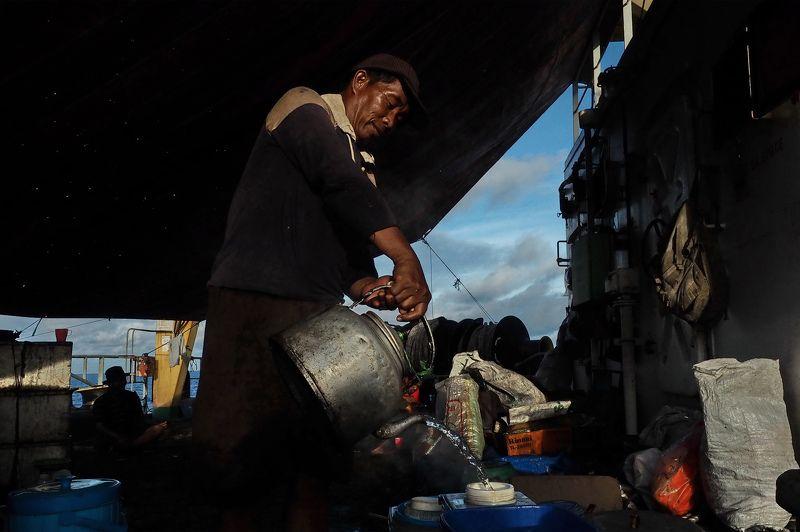 stevedors borneo Табор уходит в мореphoto preview