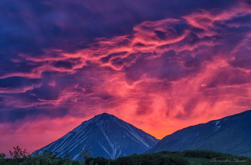 камчатка, вулкан, закат, облака, пейзаж, природа Огненные закаты Камчаткиphoto preview