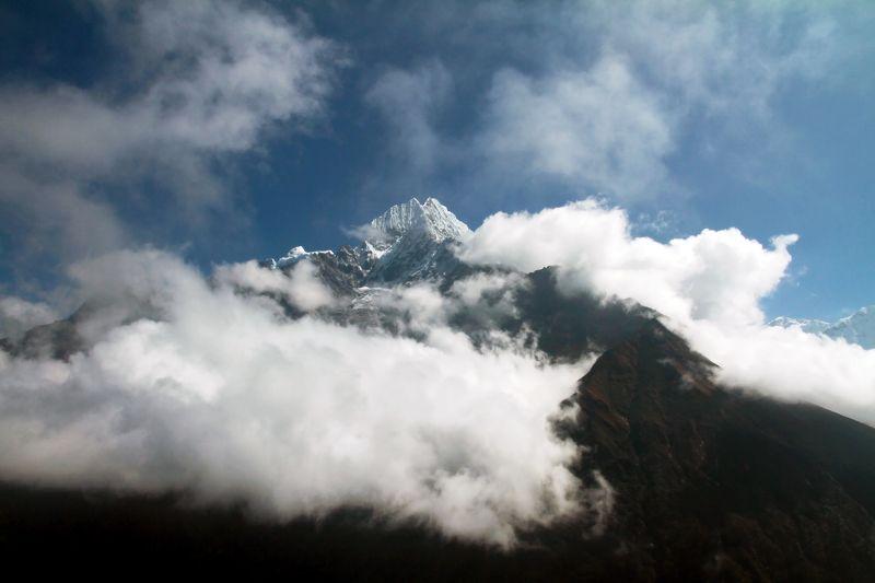 Тамсерку, Гималаи, Непал, горы Тамсерку, 6608 м photo preview