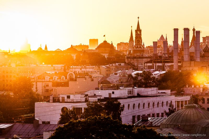 москва, закат, небо, кремль, крыши, городской, город, урбанизм, столица, прекрасный, вечер, лето, 2017 Закат в Москвеphoto preview