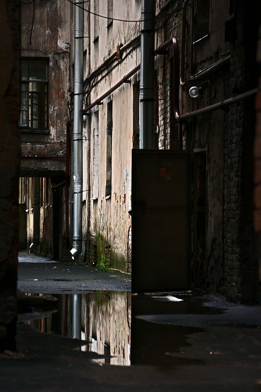 #deep.spb, #deepspb, #санктпетербург, #петербург, #спб, #питер, #saintpetersburg, #petersburg, #spb, #piter, #город, #city, #street, #streetphoto, #streetphotography, #cityscape, #urbex, #urbexphoto, #urbanexploration, #abandoned, #steps, #door, #window 171112.2photo preview
