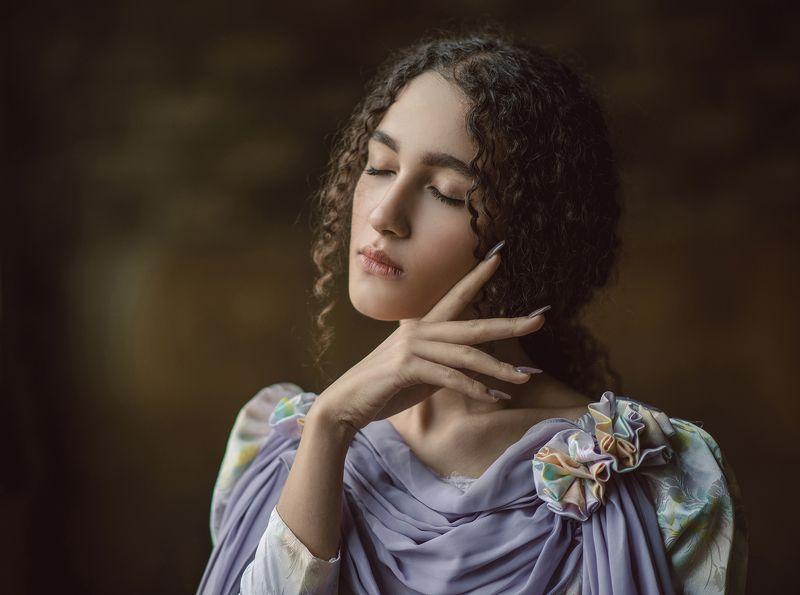 sence, concept, portrait, caesar, dark-portrait, beauty, lovely, fine-art Athenaphoto preview
