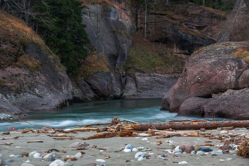 карачаево-черкесия ,кчр ,р. большая лаба , лаба Река Большая Лаба ...photo preview