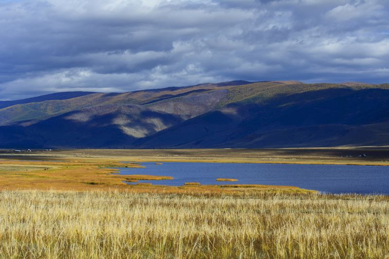 природа, пейзаж, горы, река, осень, облака, солнце photo preview