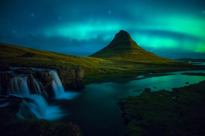 kirkjufellfoss iceland aurora borealis night landscape  kirkjufellfoss IIIphoto preview