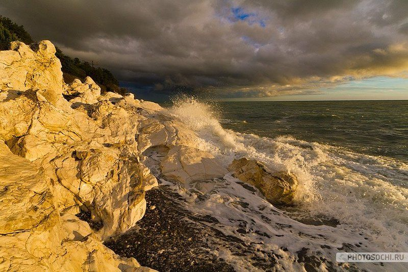 море, осень, закат, прибой Черное море в октябреphoto preview