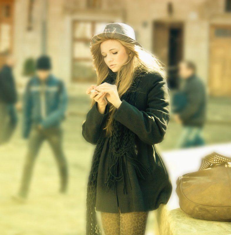 city , lviv , ukraine , girl , style , worm , colour , teksomolika Alone with waiting..photo preview
