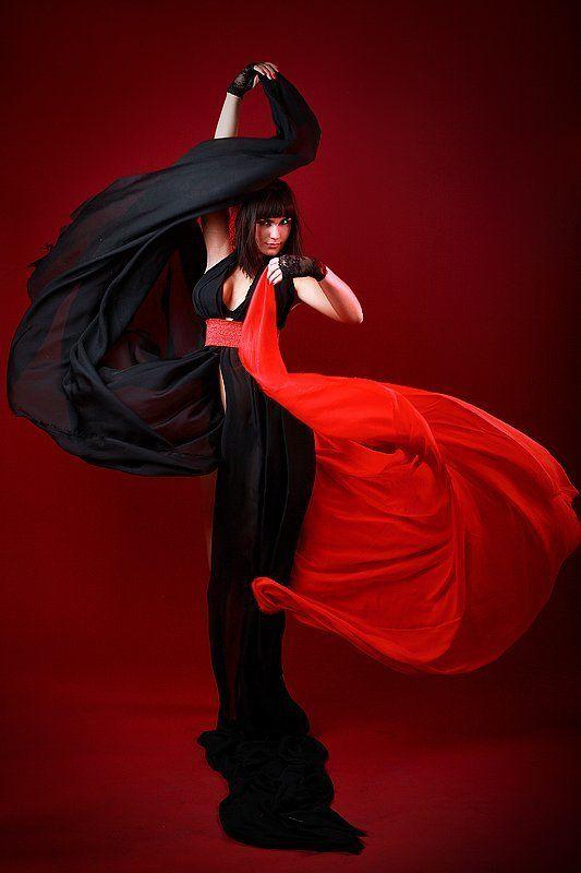 девушка, ткань, черное, красное, движение photo preview