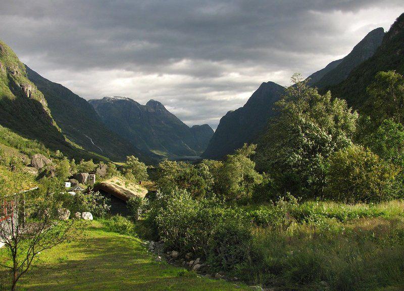 норвегия, бриксдаль Долина Троллейphoto preview