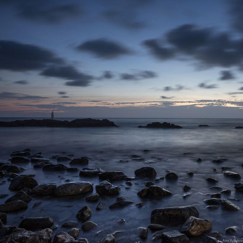 море, камни, вода, вечер, рыбак Старик и мореphoto preview