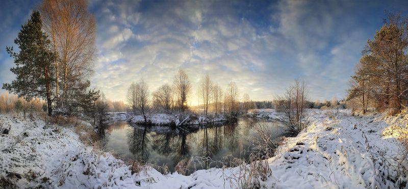 панорама снег река отражения лес вода утро рассвет ноябрь Нижегородская область Кеза На излучине реки..photo preview