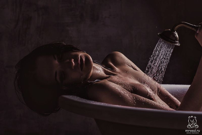 Душ, ню, брызги, Михаил Решетников душевное нюphoto preview