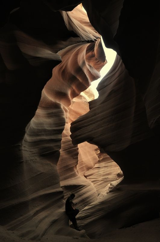 Antelope, Canyon, USA, national park, stone, rock, dark, shade, shape, shadow, indian, guitarist, travel Shapes of Antelope canyon 3photo preview