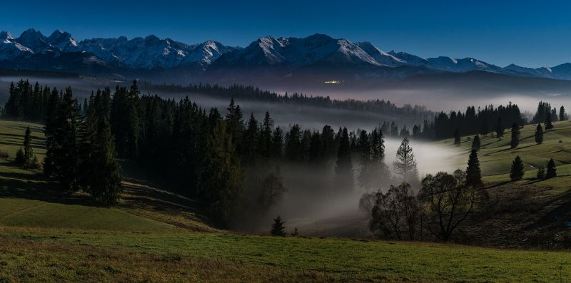 Tatry in the light of the full moonphoto preview