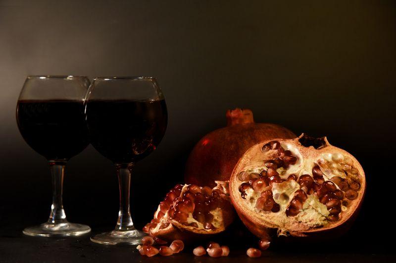 гранат, вино, красное вино, осень Гранат и виноphoto preview