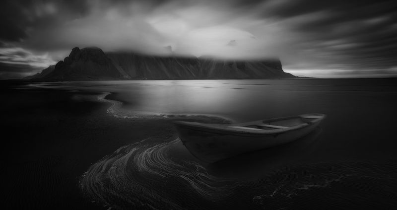 landscape, iceland, mountain, nature,black&white Old storyphoto preview