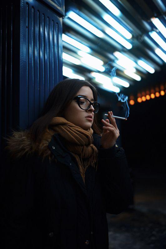 сигарета, очки, ночь, бар, клуб, sigma, art, девушка Софьяphoto preview