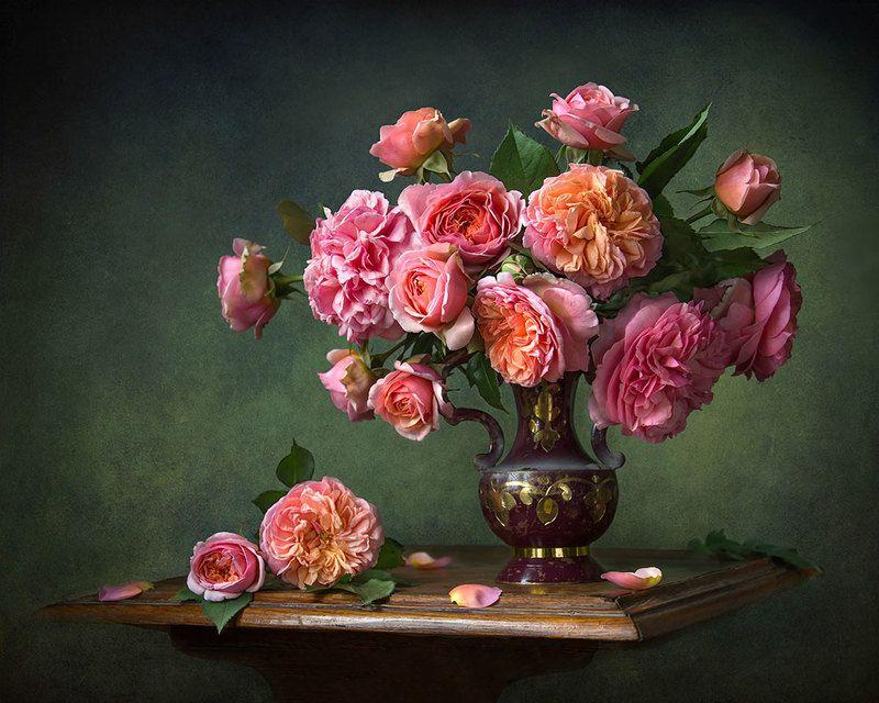 красивый натюрморт с розами,цветы,букет,художественное фото,искусство,творчество. Очаровательные розы.photo preview