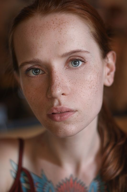 portrait,naturall light,girl,sexy,ginger,tattoo,freckles,рыжая,девушка,красивая,тату,веснушки,естественный свет,headshot All kinds of Alesyaphoto preview
