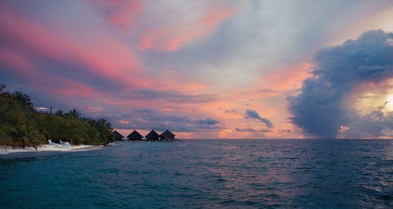 мальдивы, океан, мост, бунгало, пальмы, остров закат....вспоминая об отдыхе: Мальдивыphoto preview