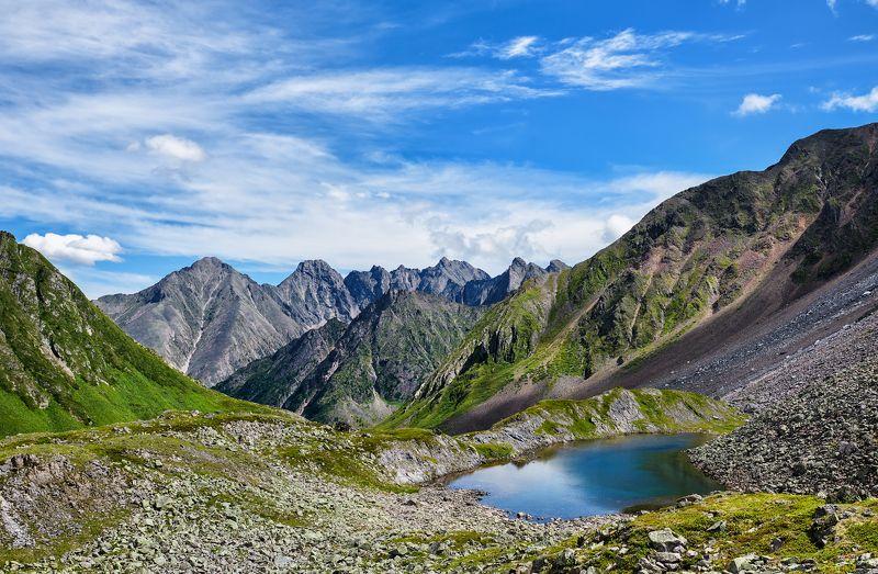 Озерко в горной тундреphoto preview