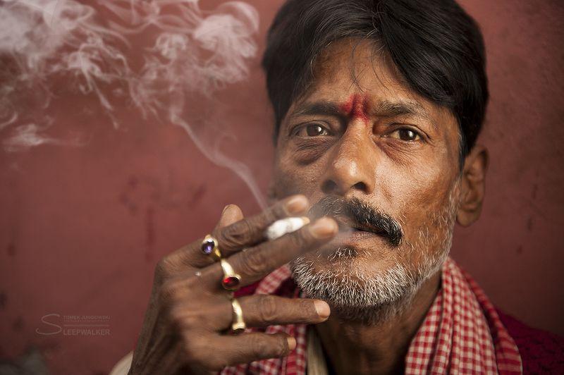 portrait, people, men, man, smoke, Kto bogatemu zabroni...photo preview