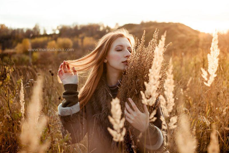 осень, autumn, nature, природа, redhair, рыжая, woman, девушка, портрет, portrait, sun, sunlight, light, свет, солнце, контровой свет, фото, фотография Осенняя прогулка для Анныphoto preview