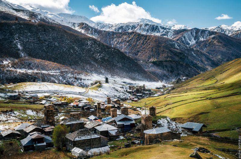 Грузия, Сванетия, пейзаж, архитектура,  Коммуна Ушгулиphoto preview