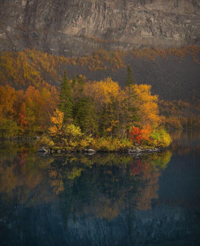 кольский полуостров, ловозерские тундры, сейдозеро, сейд, остров, осень Рюенphoto preview