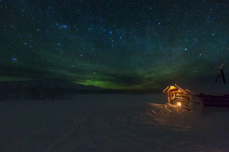 зима, небо, звезды, северное сияние, млечный путь, избушка, снег, горы, северный урал, антон селезнев, с новым годом С Новым Годом!photo preview