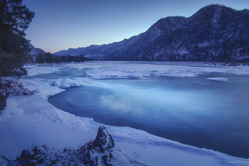 Катунь, Алтай, зима Зимний сон реки Катунь. Алтайphoto preview