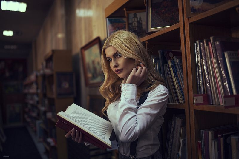 #girl #woman # book #fashion #canon #populars #portrait #inside  The girl and the bookphoto preview