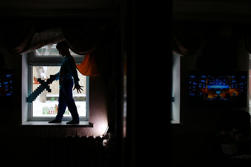 мальчик, контровой свет, детская фотография Время супергероевphoto preview