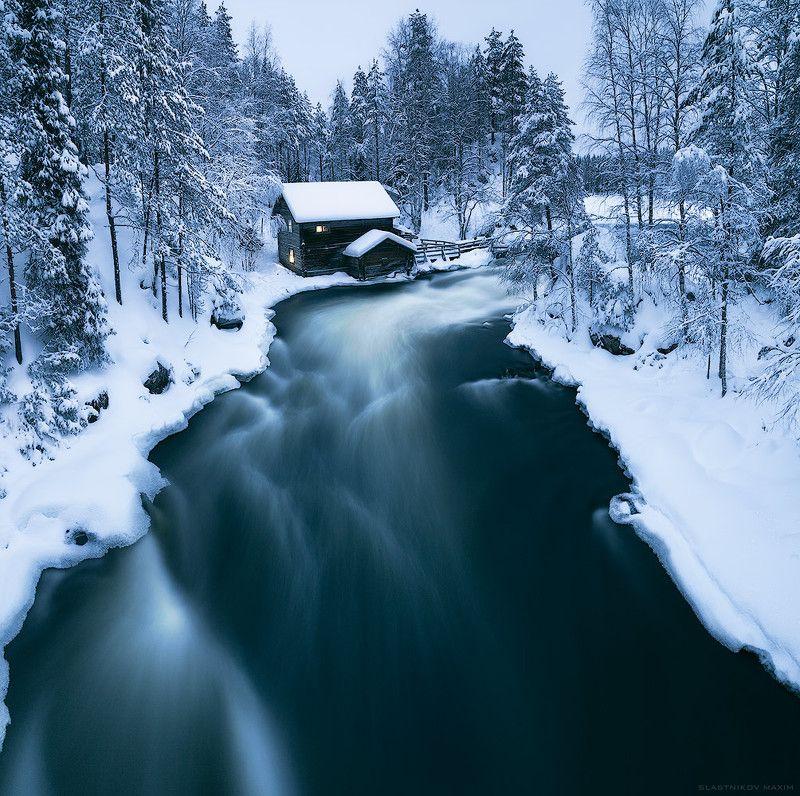Финляндия, Лапландия, снег, зима, лес, один, домик, деревня, свет, окно, река, течение, скорость, холод, север, north, Finland, snow, wind, explore, Oulanka, cold, house, trees, forest, winter Зимняя сказкаphoto preview
